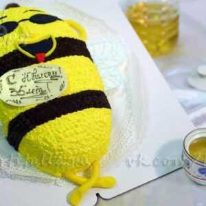Торт на День рождения Оса