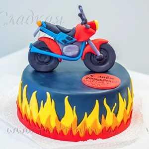 Торт: Мотоцикл