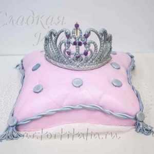 Торт на заказ Корона