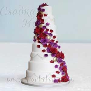 """Торт """"Красно-фиолетовый шик"""""""