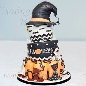 "Торт ""Колпак Хэллоуин"""
