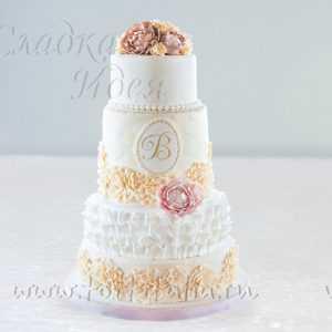 """Торт для свадьбы """"Классич. изыски"""""""