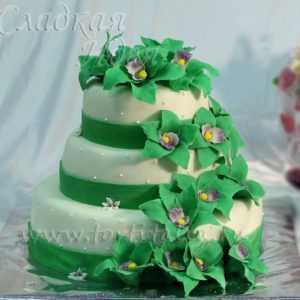 Свадебный торт с мастикой 002712